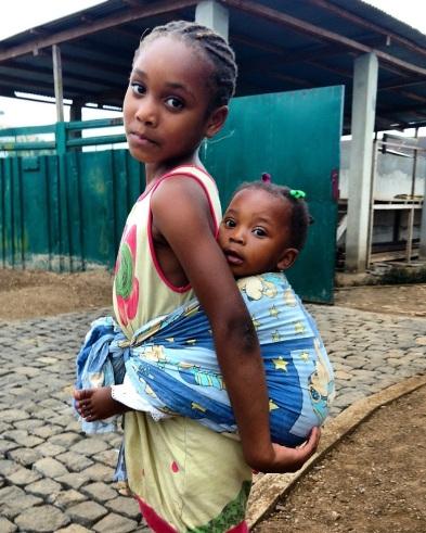 São Tomé - sisters